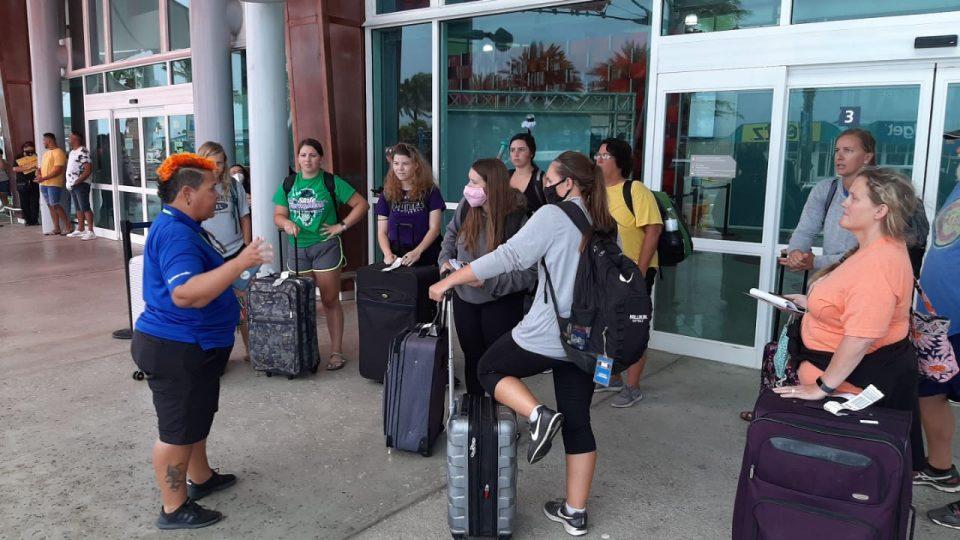 Aruba Softball Bond: Slowly but Surley lo restart Team College USA femenino ta na Aruba pa algun wega di fogeo